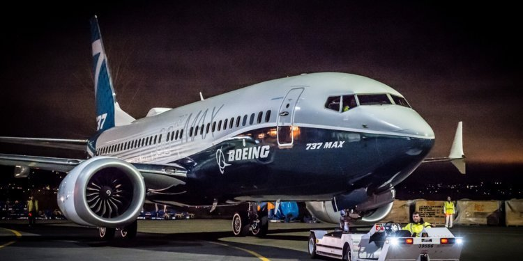 First test flight of Boeing 737 MAX takes off