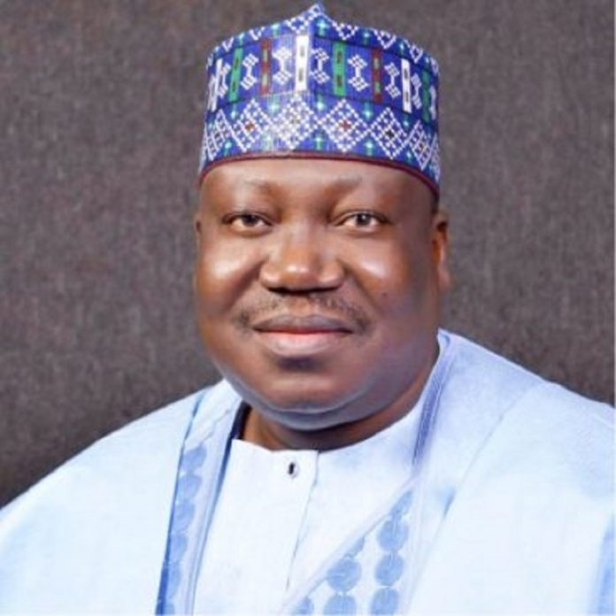 Lawam donates N8m to victims of Yobe market fire disaster