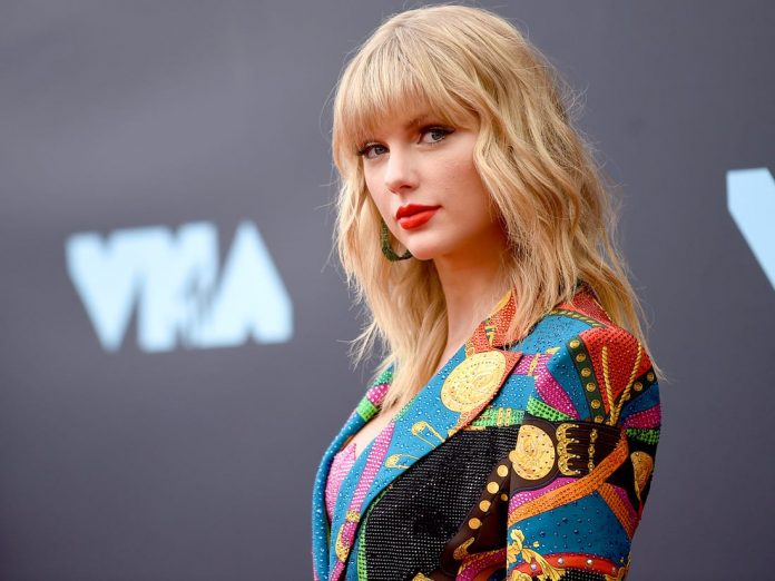 Taylor Swift, Bradley Cooper guitars to be auctioned for Nashville COVID-19 relief