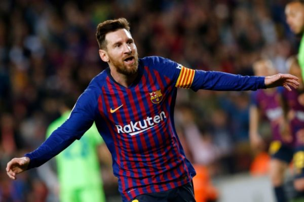 Messi fires nervous Barcelona to victory over Levante