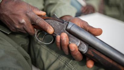 Court remands man for unlawful possession of guns, robbery