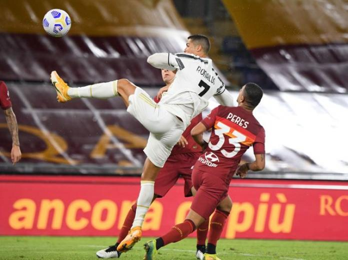 Ronaldo double earns point for Juventus at Roma