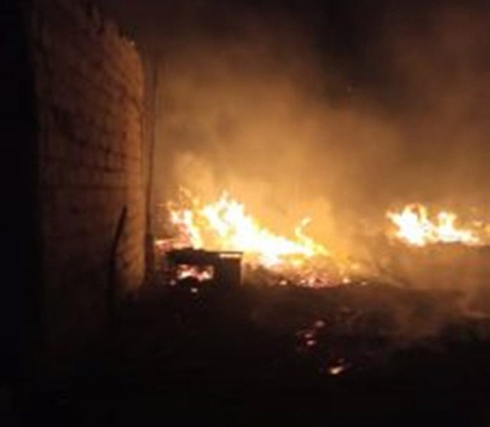 Fire razes shops at plank section of boundary market, Ajegunle