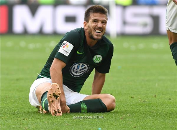 Wolfsburg's Camacho ends career after two-year injury battle