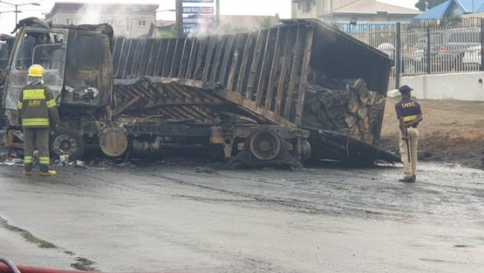Explosion as 2 vehicles collide in Lagos