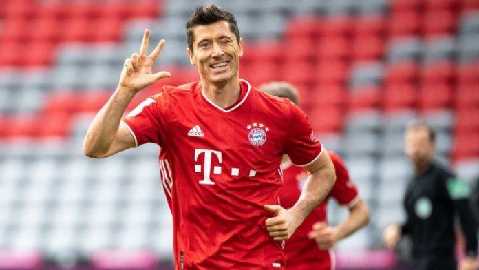 Unstoppable Lewandowski scores hat-trick as Bayern demolish Frankfurt 5-0