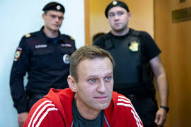 Navalny supporters call for torchlight protest on Valentine's Day