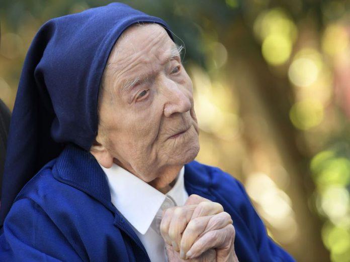 117-year-old woman survives COVID-19, 2 World Wars, Spanish Flu