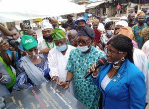 Sanwo-Olu inaugurates solar-powered borehole at Binukonu Market